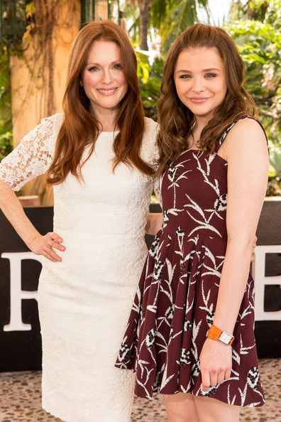 Carrie Cast Promotes the New Horror Flick in Mexico Julianne Moore and Chloe Grace Moretz