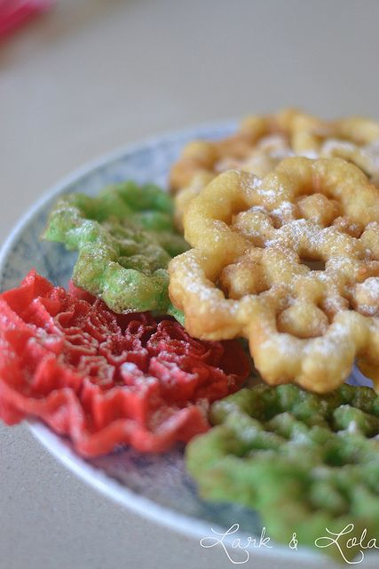 How to make Christmas Rosette Cookies......LOVE THESE!!!