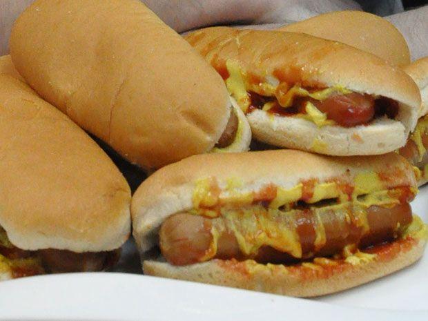 Πόσα 0,70 hot dog μπορείς να φας; - OneMan Food - ΔΙΑΣΚΕΔΑΣΗ   oneman.gr