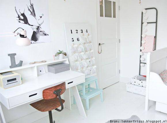 25 beste idee n over kind bureau op pinterest kinderen bureau gebieden kinderen huiswerk for Photo deco slaapkamer meisje