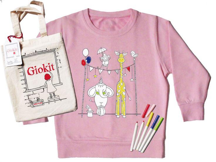 Vestiti dispettosi: felpe con disegni prestampati, pronti per essere colorati con gli appositi pennarelli compresi nel kit, poi lavati e riutilizzati di nuovo.