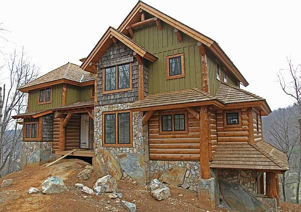 10 images about rustic cabin exteriors on pinterest for Board and batten house plans