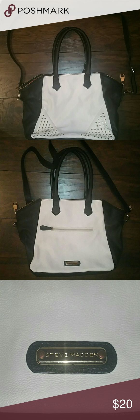 Steve Madden Purse Used Steve Madden purse. Can sell on mercar Steve Madden Bags