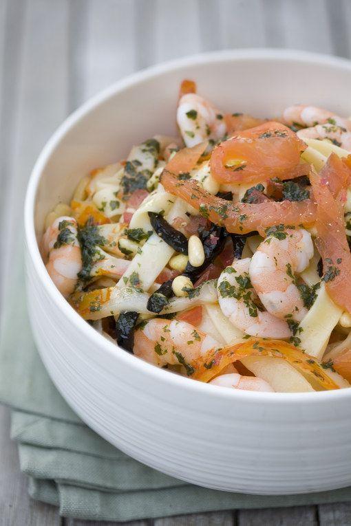 Receitas+de+macarrão+ +Tagliatelles+de+salmão+e+frutos+do+mar