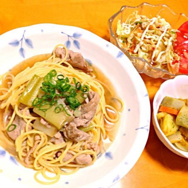 母の日おもてなし料理❤ - 4件のもぐもぐ - 焼きネギと豚の和風スープパスタ、根菜とツナのカレー煮、サラダ❤ by m9r2e3