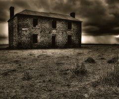 : Spooky Beauty, Creepy Houses, Dark Beauty, Haunted House, Creepyhouses08Jpg Images, Awesome Artworkphotographi, Creepy Photography, Abandoned House, Creepy Place