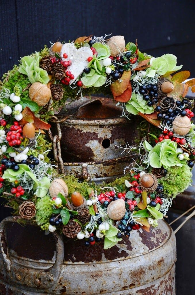 hazelnuts, pine cones, walnuts, berries, blueberries, lettuce leaves, moss