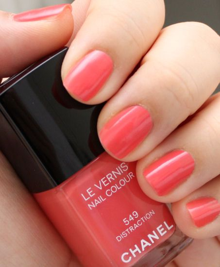 Current favourite nail colour (Chanel Distraction)....a colour that's perfect for brightening up your day