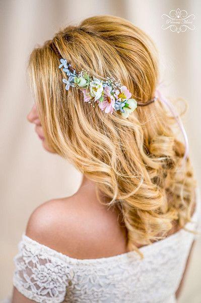 Haarschmuck & Kopfputz - Blumenkranz Hochzeit Haarband Blumen Dirndl Krone - ein Designerstück von Princess_Mimi bei DaWanda