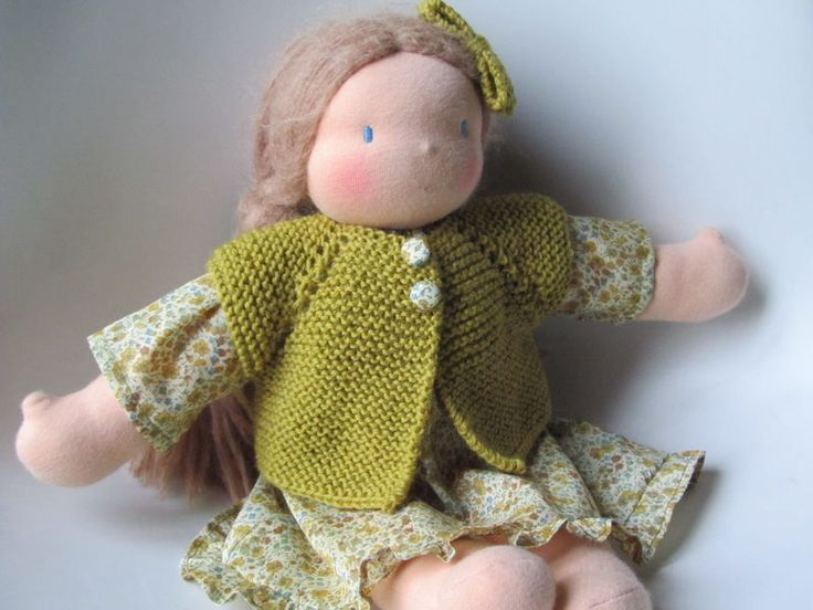 What a lovely outfit for a beautiful doll.