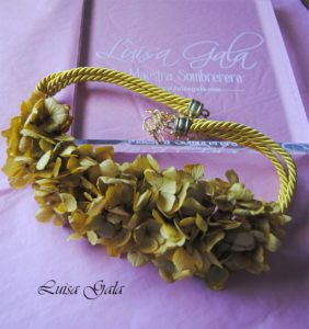 Cinturon de cordones y flores preservadas Luisa Gala