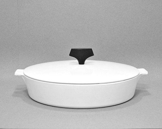 1960s Vintage Corning Ware Buffet Server B-10 Midcentury Modern Cookware Tableware Lidded Casserole Iconic 1960s Timeless Design Black White