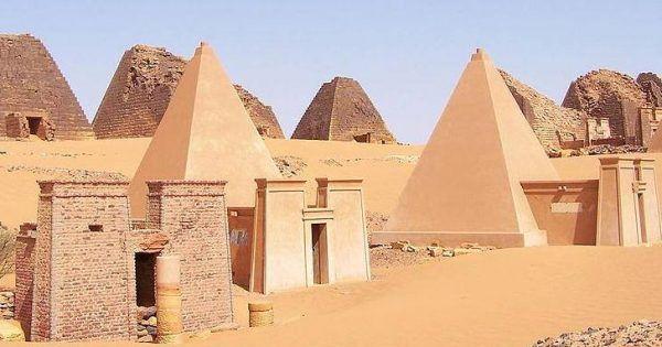 Le incredibili piramidi del Sudan, il paese con più piramidi al mondo!