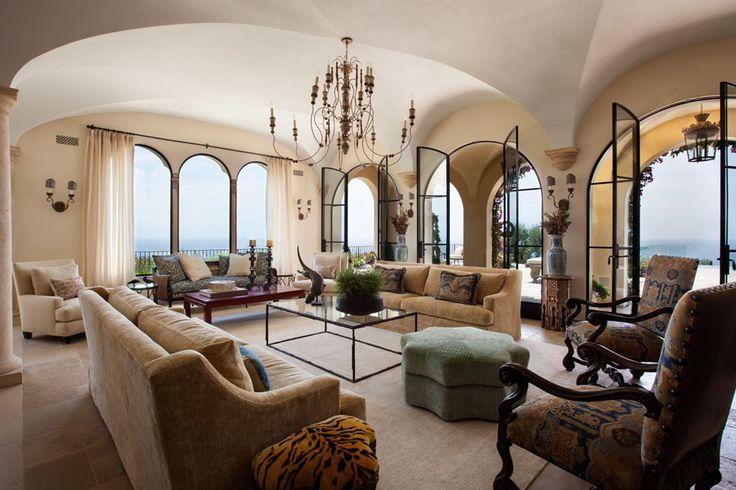 Inspirational Mediterran Wohzimmer Naturstein Wand Balken Decke rustikal gepolsterte M bel Couch Mediteran Pinterest Couch Natursteine und Mediterran