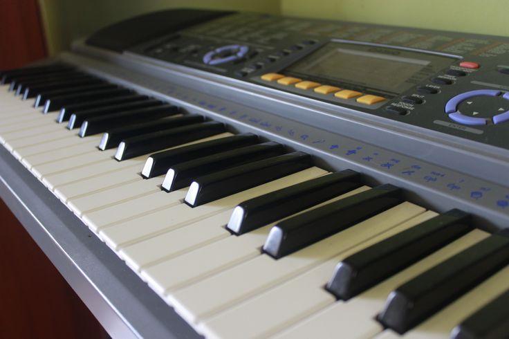 no solo escuches!! Crea tu propia música... innova!!