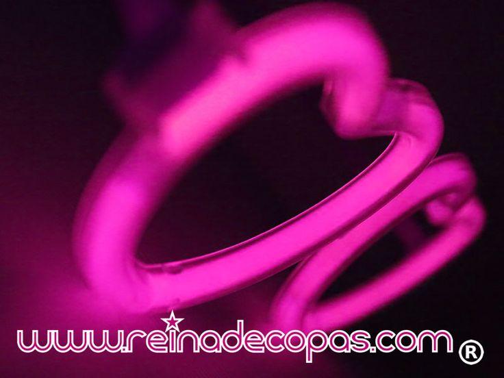 Gafas luminosas en forma de corazón en color Rosa.