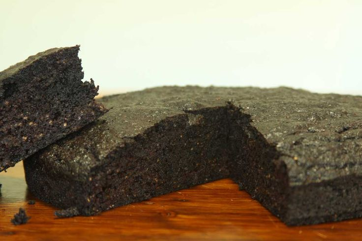 Chocolate Cake  This recipe is gluten free and using coconut palm sugar or rapadura as the sweetener.  This cake is an energy rich cake and eat this in moderation, avoid eating this cake in a few sittings.