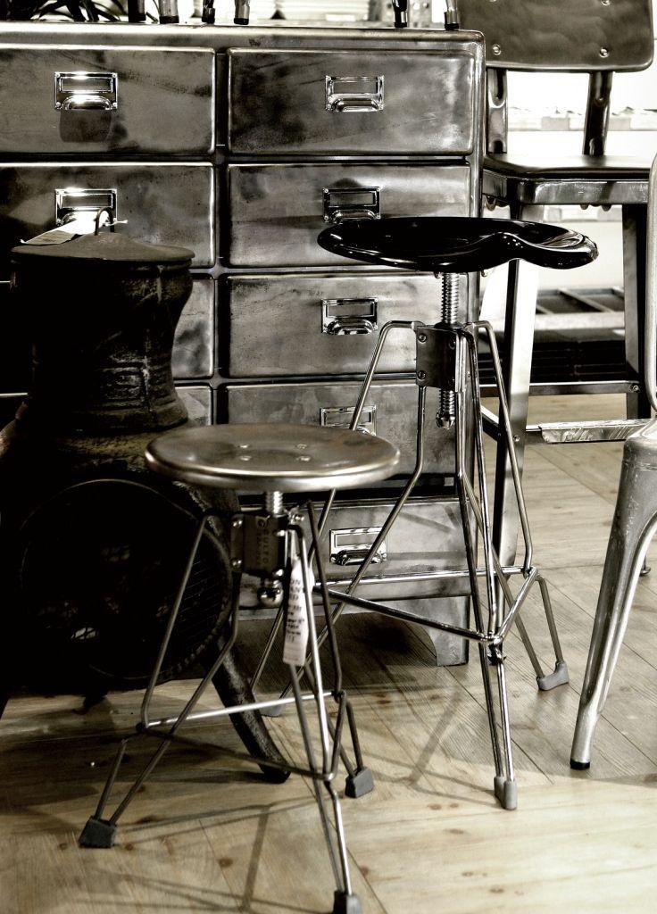 "Bar stool ""clipper"" and ""Clipper II"""