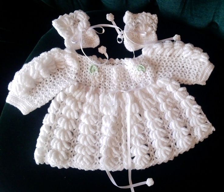 Baby wear, white with flowers, handmade by Merle, for baby or reborn dolls.