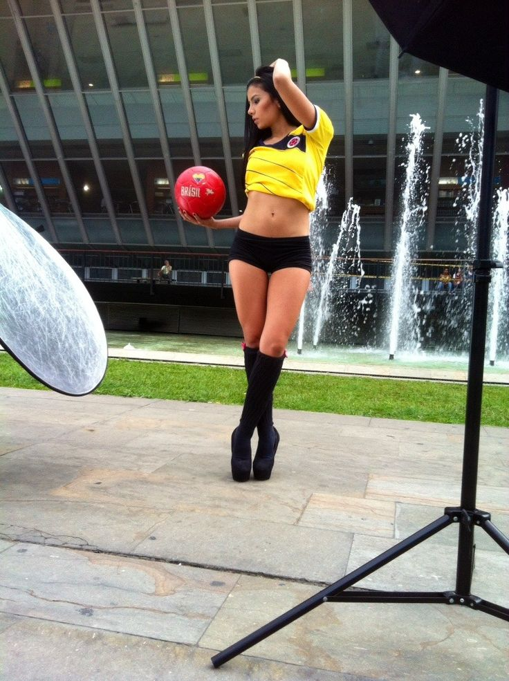 #ColombianCuties #behindthescenes Steicy Suarez | Colombian Model