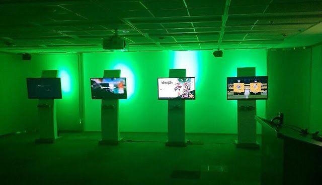 Presentación de XBOX ONE X PROJECT SCORPIO #Entrevista a Bernardo Camacho   En una tercera edición de Xbox Fan Fest en Argentina la comunidad conoció a Bernardo Camacho nuevo líder de Xbox y disfrutaron una tarde/noche a puro juego con los mejores exclusivos de Xbox. Ciudad de Buenos Aires 13 de septiembre de 2017.- Microsoft recibió a la comunidad de fans de Xbox en sus oficinas donde pudieron disfrutar de un after office a puro Gaming con los juegos exclusivos de Xbox. Es la tercera vez…