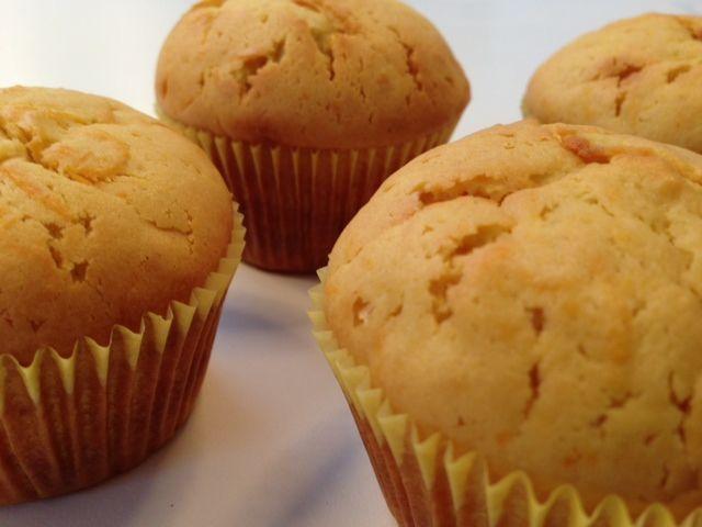 Muffins med appelsin og gulerødder - Opskrift-kage.dk