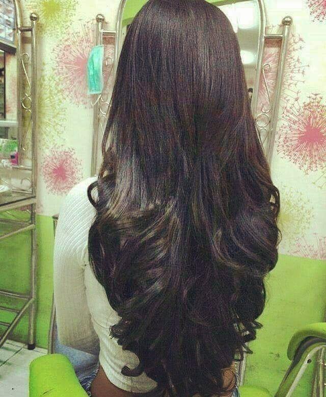 Beautiful Hair And Style Longsilkyhair Temptinghair Hairdisplay Lovelyhair Nicehairsyle Hairstyle Gre Long Silky Hair Long Hair Styles Long Hair Girl
