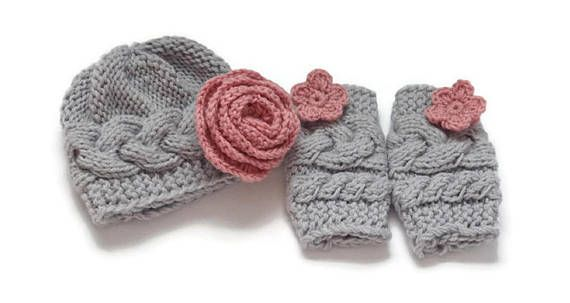 Newborn Girl Outfit  Baby Girl Hat and Leg Warmers set