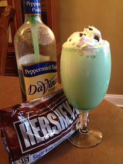 Bariatric Foodie: Nik's WLS-Friendly Shamrock Shake