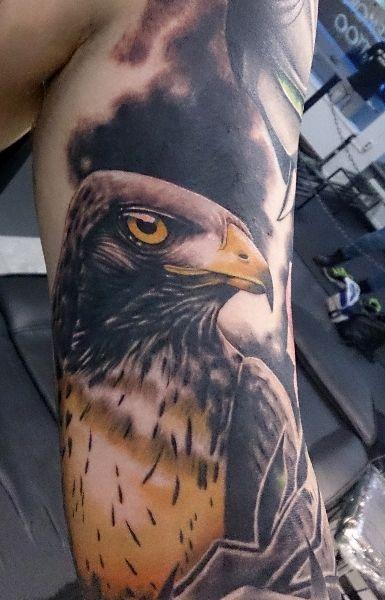 Arm Realistische Adler Tattoo von No Remors Tattoo