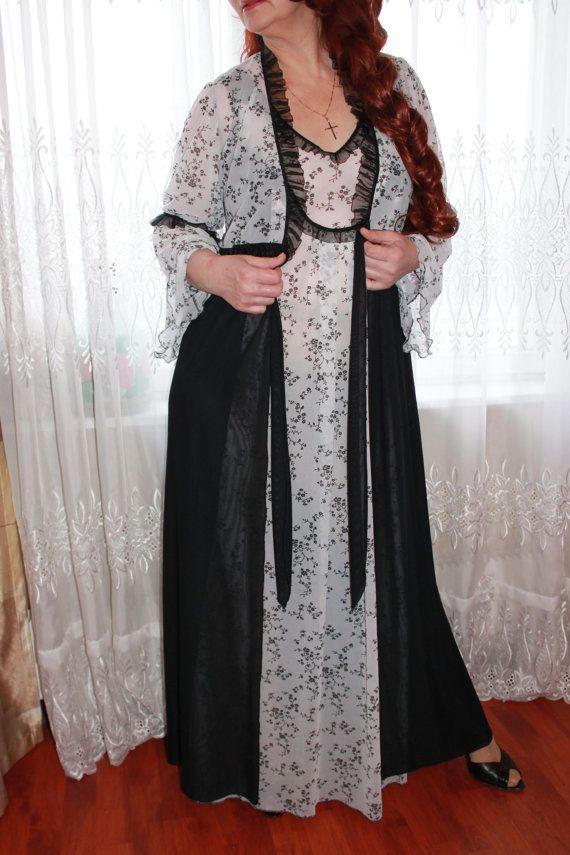 Сорочка и пеньюар красивое кружевное белье. от LaceAmyr на Etsy, $230.00