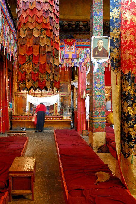 Pilgrims Prayer . Lhasa