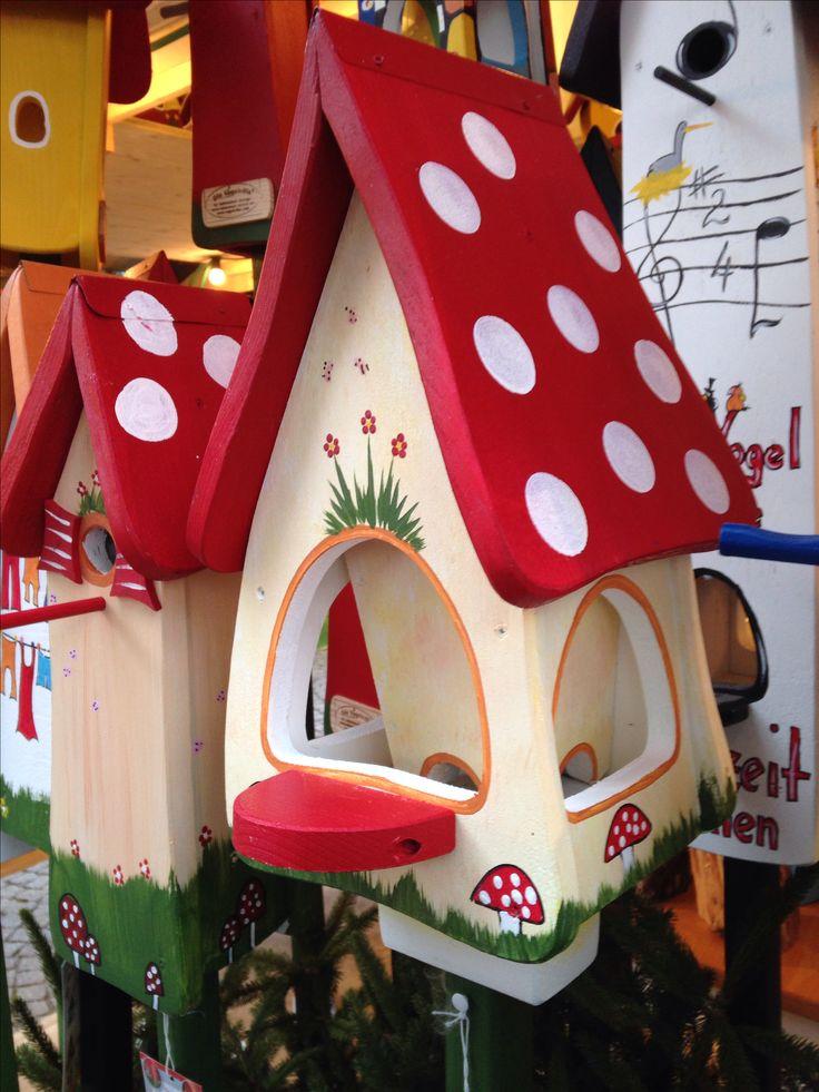 Mushroom bird houses at Stuttgart Christmas market, Germany.                      Very cute!