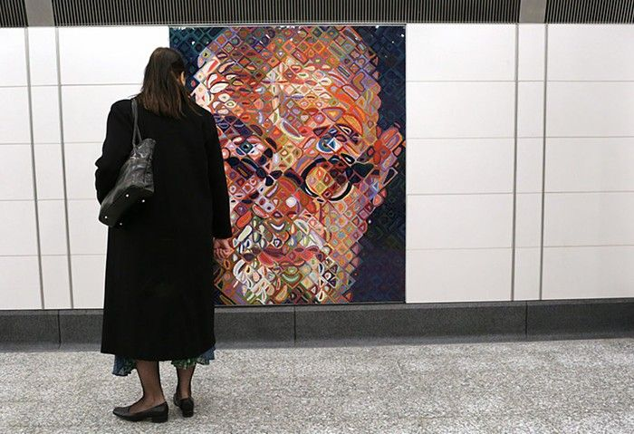 Seattle University Removes Self-Portrait 2000 by Chuck Close, an Artist Accused of Sexual Misconduct