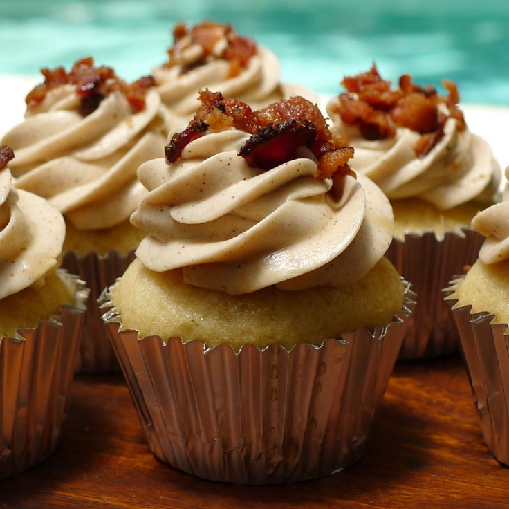 spice cupcakes with maple cream cheese frosting maple bourbon bacon ...