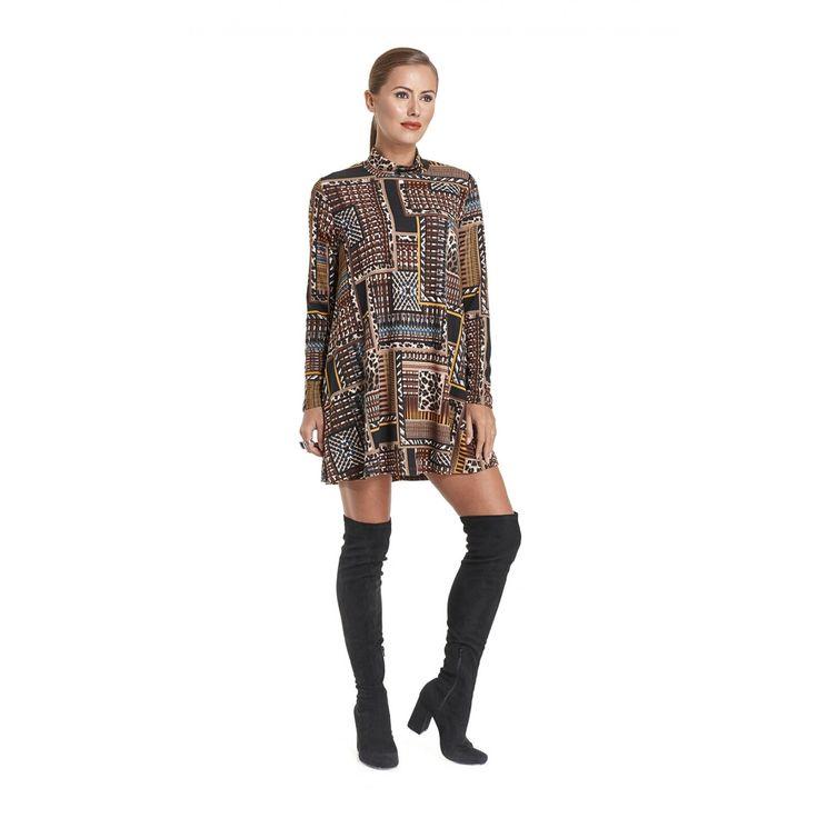 Φόρεμα πλεκτό εμπριμέ σε ριχτή γραμμή με γιακά ζιβάγκο