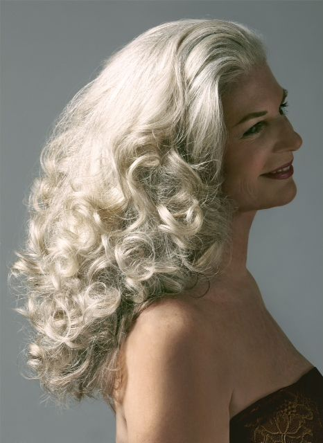Gorgeous gray hair! Interview with a 69 Year-Young Model.... My Pal Peggy! www.beautyo50.com