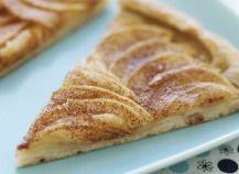 """750g vous propose la recette """"Tarte aux pommes croquantes au caramel de cidre"""" publiée par dorian_nieto."""