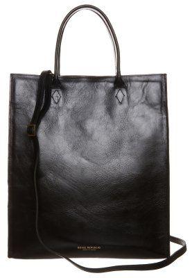 Schwarze Shopping Bag mit cleanem Lederdesign. Royal RepubliQ MEL - Shopping Bag - black für 219,95 € (11.11.15) versandkostenfrei bei Zalando bestellen.