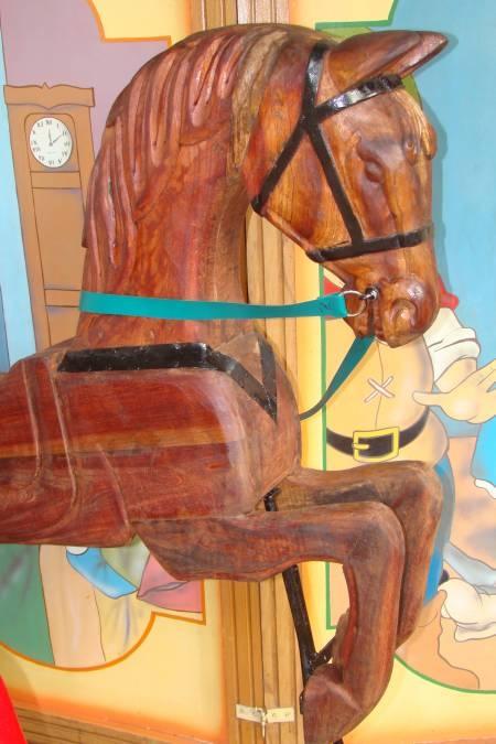 ¡Caballitos realizados en madera publicados en Vivavisos! http://hecho-mano.vivavisos.com.ar/artesanias-manualidades+la-matanza/vendo-caballitos-de-madera---/51263174