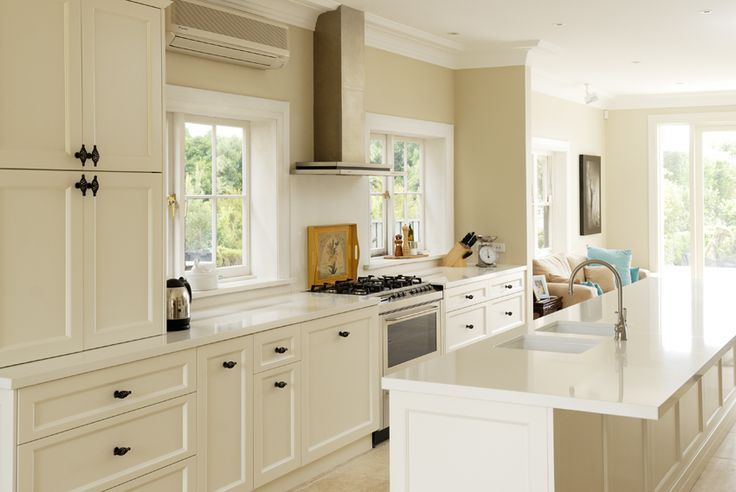 hampton kitchen cabinets 37 best get inspired hamptons style images on 16151