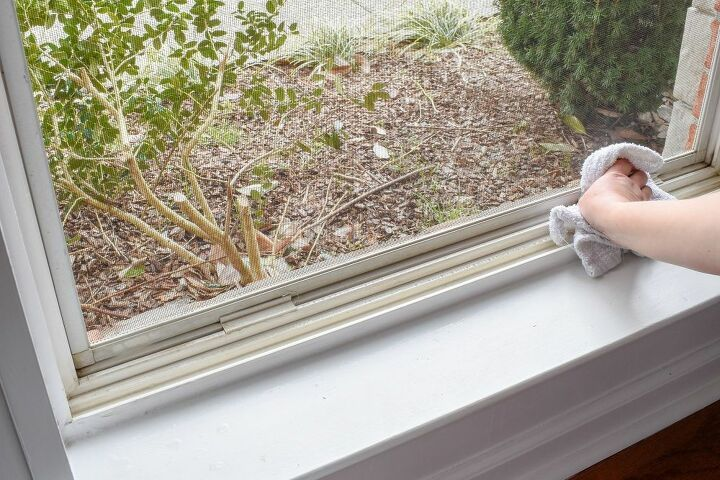 Window Deep Cleaning With Natural Products Deep Cleaning Cleaning Chemical Free Cleaners