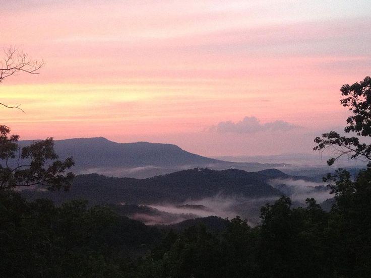 1000 idées sur le thème Smokey Mountain Cabin Rentals sur Pinterest