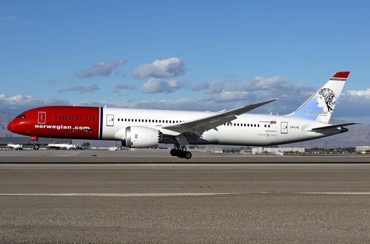 Boeing 787-9 Dreamliner - Norwegian Air Shuttle