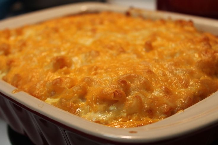 Southern Baked Macaroni and Cheese Recipe. Super easy to make from scratch!