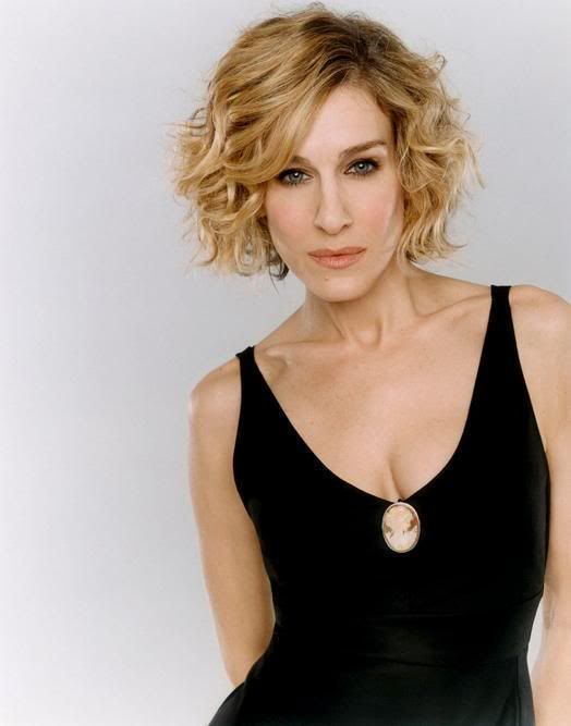 Short and curly SJP