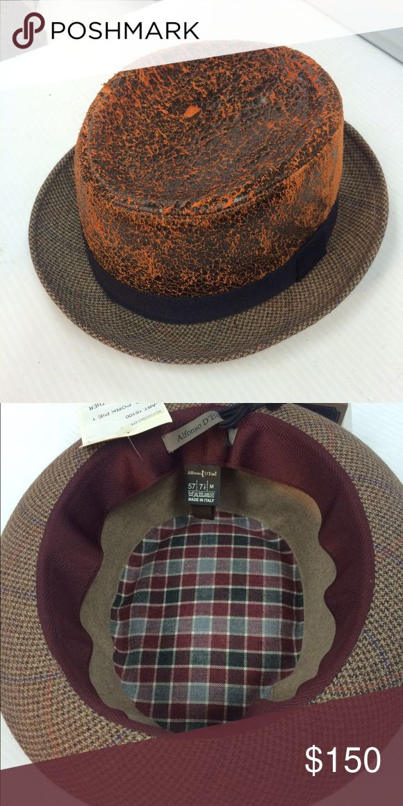 Pork Pie Hat Leather crown and wool brim.  Unisex size 57 (med) Accessories Hats