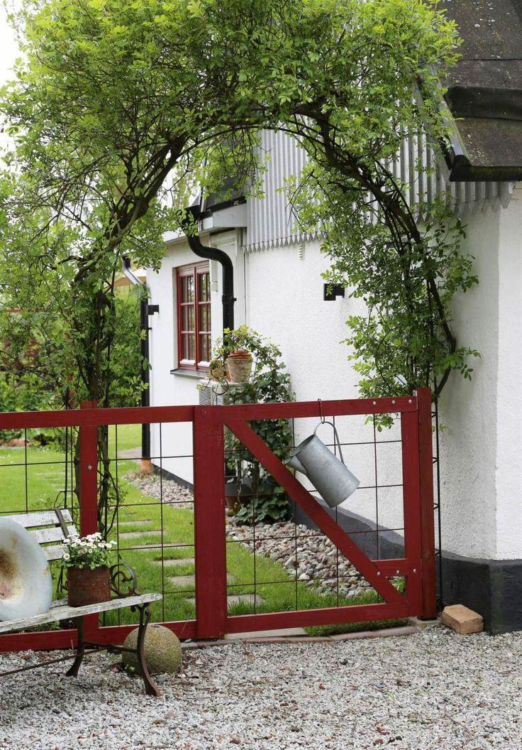 Pittoresk entré till Annas hem i Vellinge