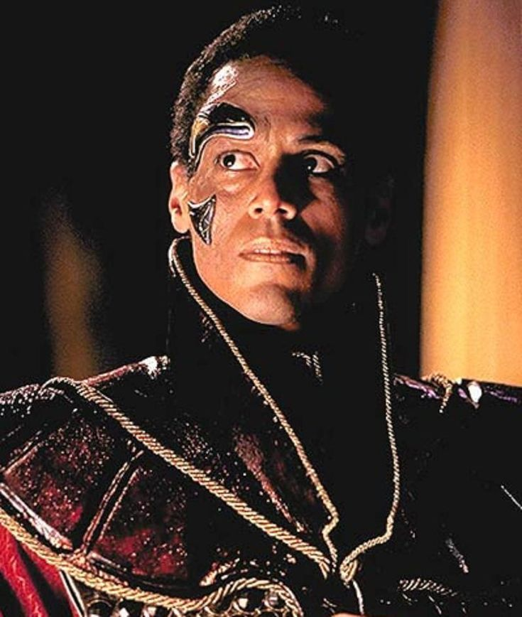 Apophis Stargate sg1.  I swear it like he never died...when he was suppose to die.  mhm.