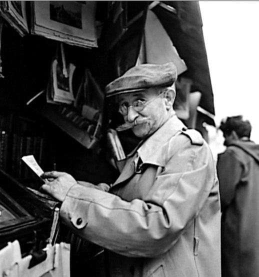 Robert Doisneau // Old books, Paris